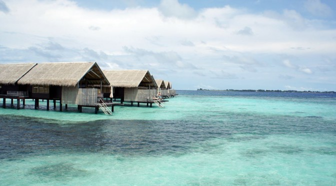 馬爾代夫香格里拉大酒店(Shangri-Las-Villingili-Resort-Spa-Maldives)是馬爾代夫唯一需要越過赤道才能到達的度假村