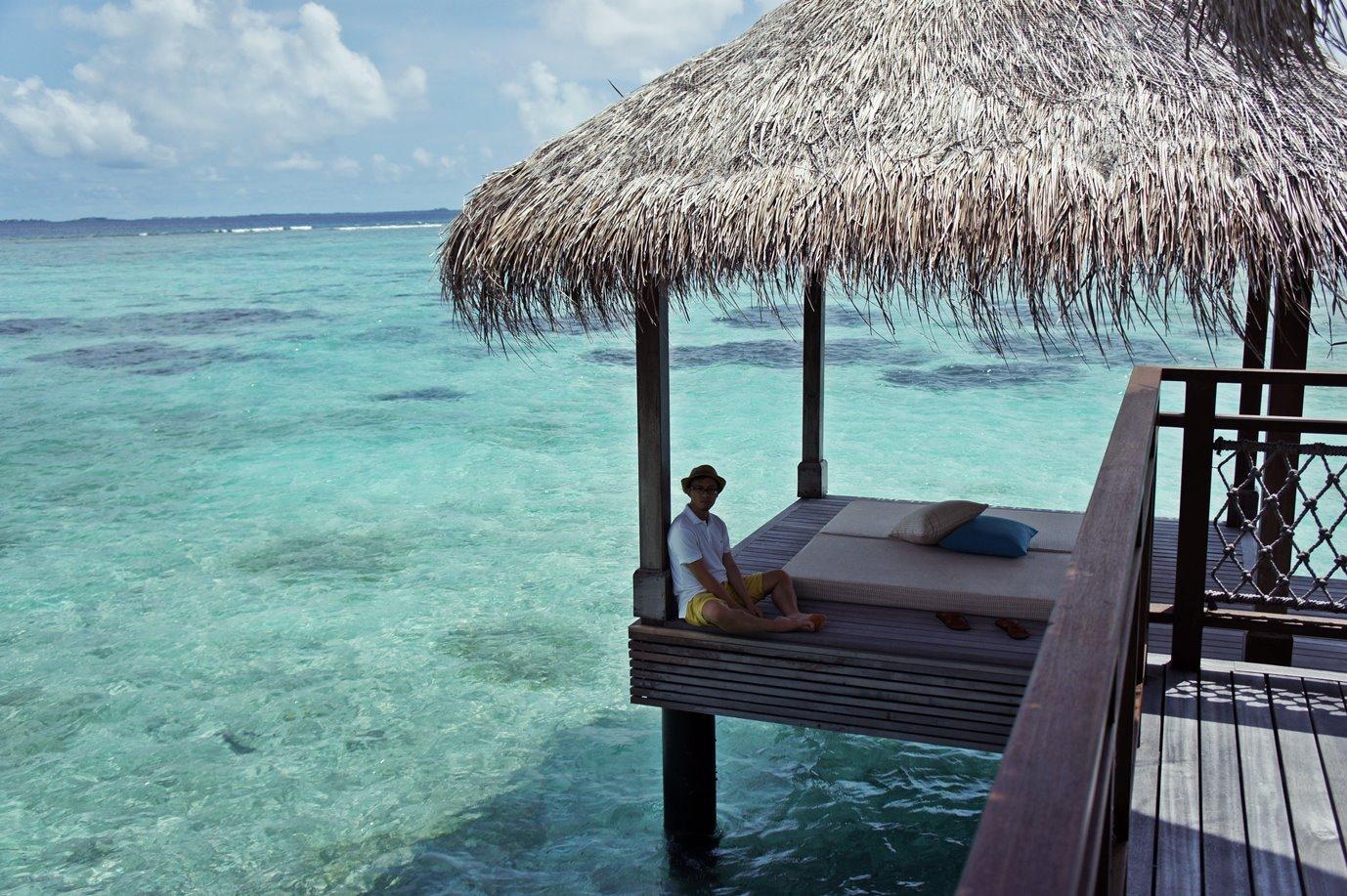 馬爾代夫 約有一千二百座珊瑚島,其中不少島嶼已被開闢為度假村。